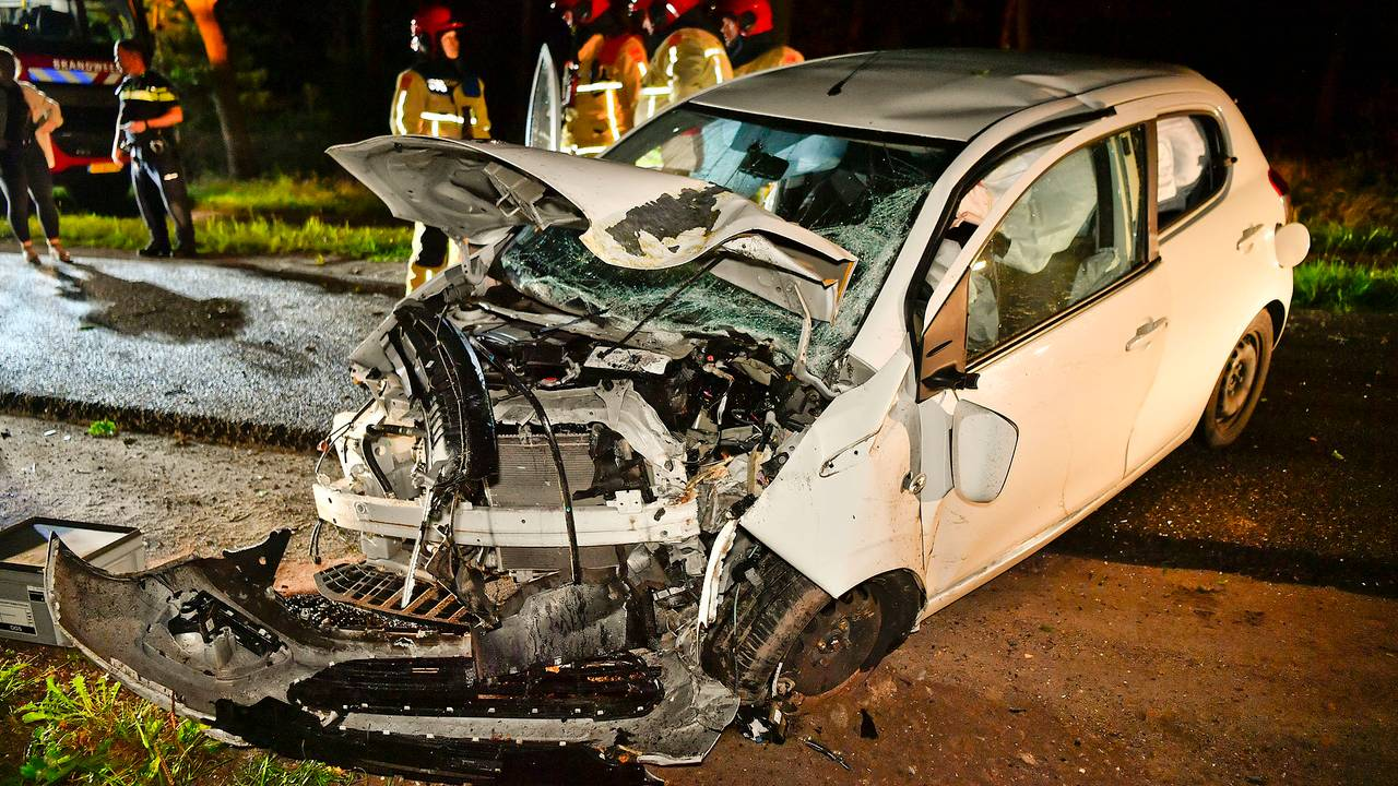Vrouw raakt zwaargewond bij ongeluk in Riethoven.