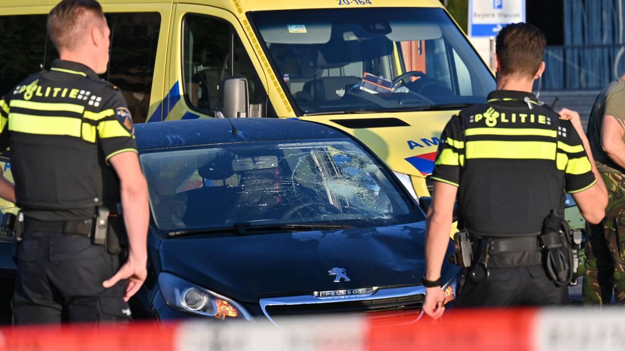 Voetganger overleden na aanrijding op zebrapad.
