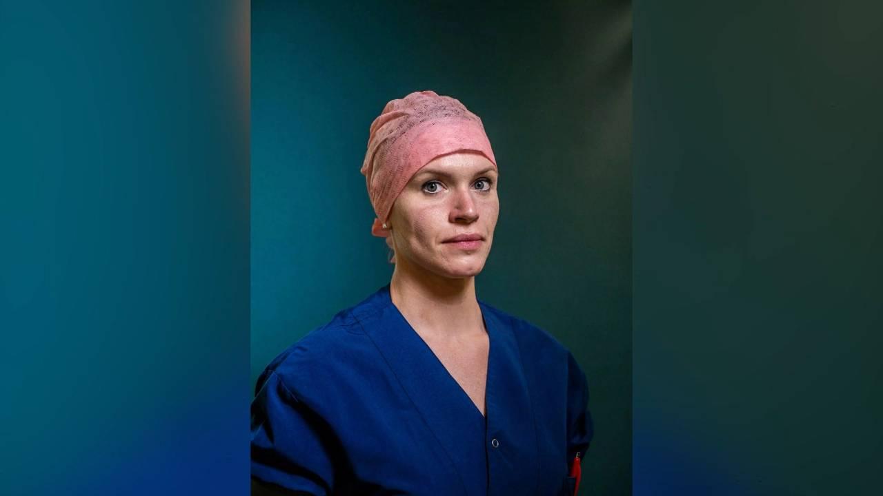 Verpleegkundige Lisa staat op het mooiste portret van Nederland - Omroep Brabant