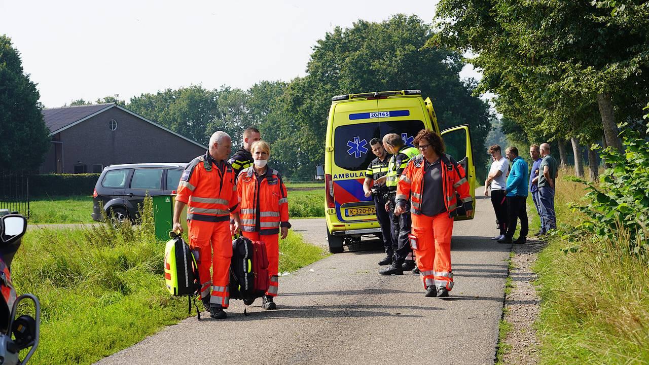 Fietser zwaargewond na aanrijding in Sprundel.