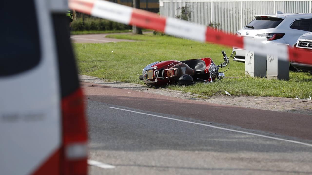 Hardloopster overleden na aanrijding door scooter in Roosendaal.