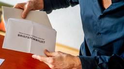 Het ging nogal eens mis met het stemmen per post (foto: ANP / Hollandse Hoogte / Robin Utrecht).