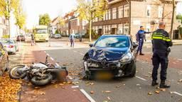 De motorrijder raakte gewond.(Foto: Dave Hendriks/SQ Vision)