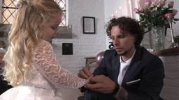 Frenky (3) 'trouwt' met papa Werner