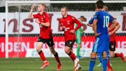 Jellert Van Landschoot viert de gelijkmaker tegen Jong Ajax (foto: Orange Pictures).