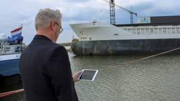 Havenmeesters Werkendam gaan enorme binnenvaartschepen digitaal 'parkeren' (foto gemeente Altena)