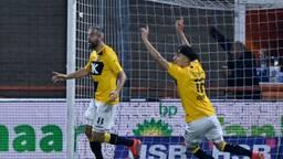 NAC-spits Ralf Seuntjens woedend na afgekeurde goal.