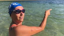 Saskia van den Ouden doet mee aan Swim to Fight Cancer.