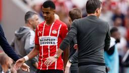Cody Gakpo werd tegen Feyenoord na een uur gewisseld (foto: ANP / Maurice van Steen).