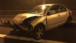Auto brandt uit op parkeerplaats Breda, vier andere auto's beschadigd