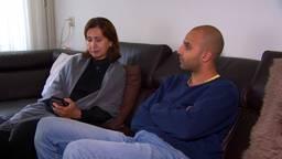 Anisa is bezorgd: 'Geen contact met familie en vrienden in Afghanistan'