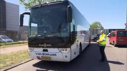Touringcars voor personeel van Vion.