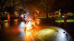 Van de deelscooter in Eindhoven bleef weinig over (foto: Dave Hendriks/SQ Vision).
