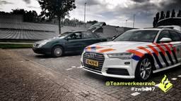 De automobilist uit Made blijkt erg hardleers (foto: Twitter team Verkeer Zeeland-West-Brabant).