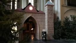 Kerststal Sint Jan deels afgebroken en opgeruimd.