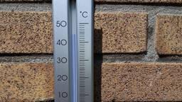 De thermometer van Lianne Castelijns uit Bladel gaf 44 graden aan.
