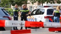 De politie doet onderzoek in Vught (foto: Bart Meesters/SQ Vision Mediaprodukties).