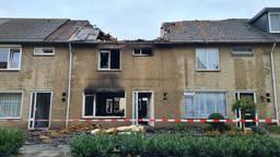 Grote schade aan het huis en die van de buren.