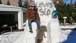 De mega-iglo van de stoere Levi de Fost.