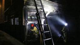 Overkapping in brand bij woning Helmond, bewoners op tijd buiten