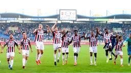 Willem II viert de overwinning op PSV (foto: ANP / Olaf Kraak).