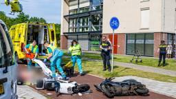 Veel hulpverleners op de been na het ongeluk (foto: Jack Brekelmans/SQ Vision Mediaprodukties).