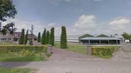 Het bedrijf van nertsenhouder Martijn van den Boogaard in Beek en Donk (beeld: Google Maps).