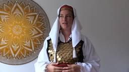 Efie Derksen uit Uden maakte een documentaire over de folklore in Bosnië.