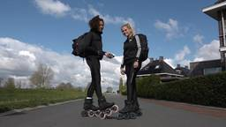 Ruby en Sacha leggen 600 kilometer af op de skeelers. (Foto: RTV Drenthe)