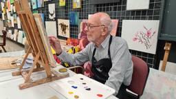 Schilder Jan (94) heeft eerst expositie, maar dat wilde hij eigenlijk niet