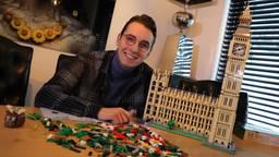 Christiaan Bauer bouwde een replica van de Big Ben (foto: Collin Beijk)