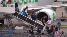 Geen coronacontroles op Eindhoven Airport: 'We konden zo doorlopen'