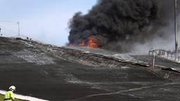 De brandweer is ter plekke bij de skibaan (foto: Marco van den Broek/SQ Vision).