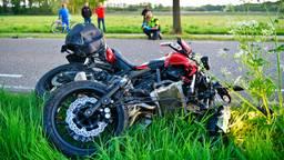 De politie onderzoekt hoe het ongeluk in Vessem kon gebeuren (foto: Rico Vogels/SQ Vision).