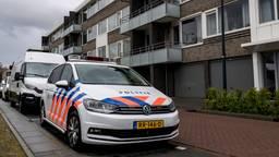 De politie doet onderzoek (foto: Marcel van Dorst/SQ Vision Mediaprodukties).