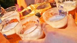 Er zijn grote verschillen in de bierprijzen tijdens carnaval. (Foto: Archief)