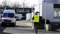 Politieonderzoek een dag later (foto: Hans van Hamersveld/SQ Vision)