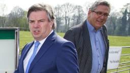 Toine Manders (links) op campagne met Henk Krol (archieffoto: ANP)