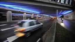 De verlichte tunnel (foto: Jos Lammers)