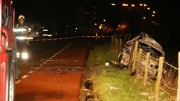 Het ongeluk vlak over de grens in Gelderland (foto: Bart Meesters/Meesters Multi Media)
