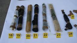 Deel van de gevonden wapens