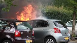 Wederom een autobrand in Boxtel. (foto: Mark van der Pol/SQvision)