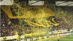 Het stadion voorafgaand aan een wedstrijd. (Foto Ronald Sträter)
