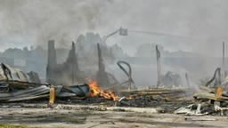 Brand verwoest HACAS Beheer (foto: Toby de Kort/De Kort Media)