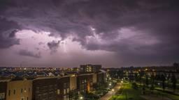 Onweer boven Uden en Veghel (foto: Peter van den Bosch)