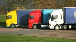 Algemene foto van geparkeerde vrachtwagens (archieffoto: Flickr/com/Vincentdesjardins)