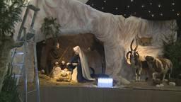 Kersstal Sint Jan Den Bosch is weer ouderwets mooi