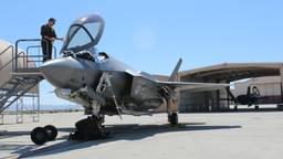 De eerste twee Nederlandse F-35's op Edwards Airbase in de Verenigde Staten. (foto: Raoul Cartens)
