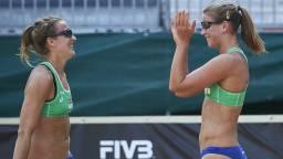 Sophie van Gestel (links) met Jantine van der Vlist. (Foto: FIVB)