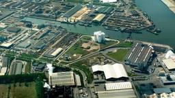 De zeehaven  van Moerdijk.